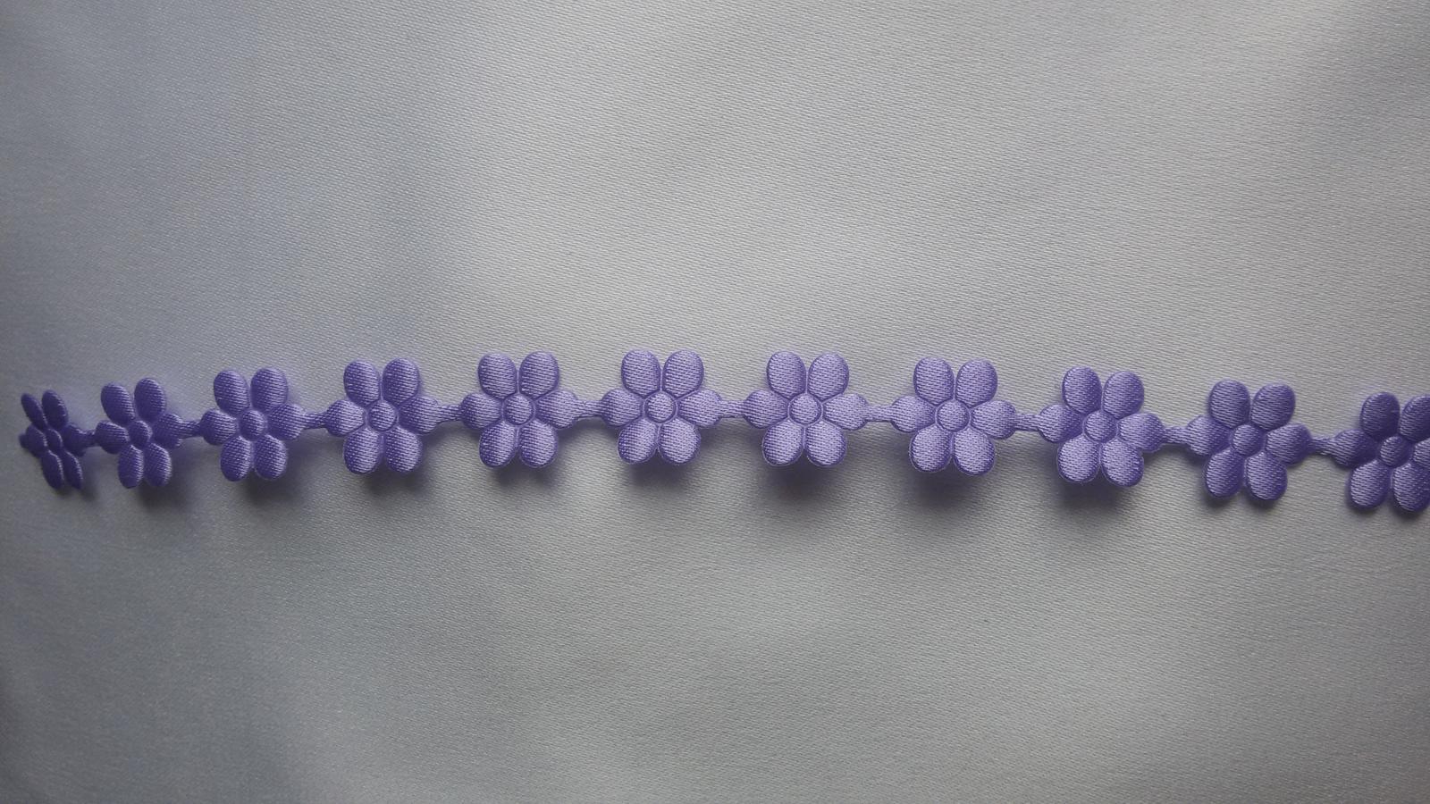 Saténové kytičky - Obrázek č. 2