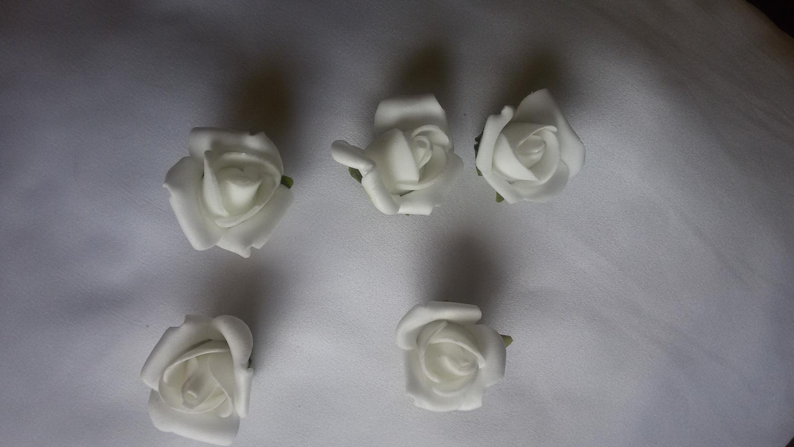 Nalepovací hlavičky růží - Obrázek č. 1