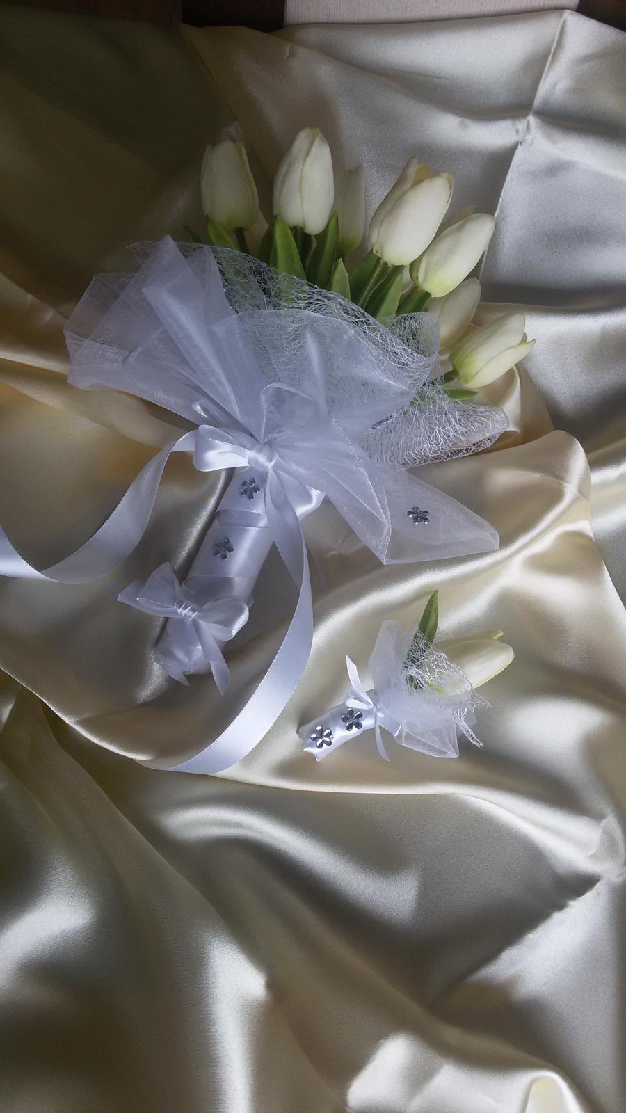 Kytice z pěnových tulipánů - Obrázek č. 1