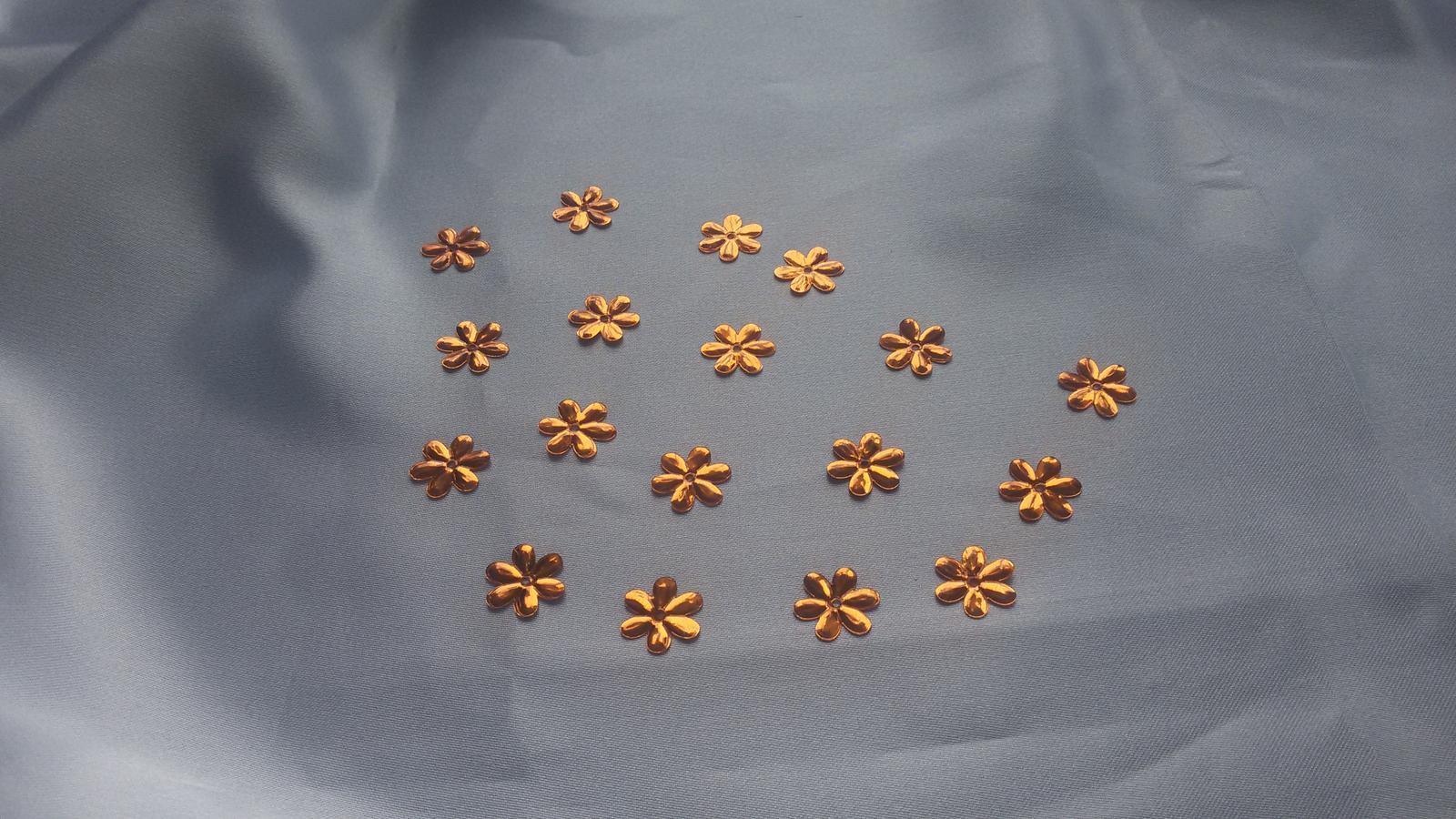 Zlatavé flitry - Obrázek č. 1