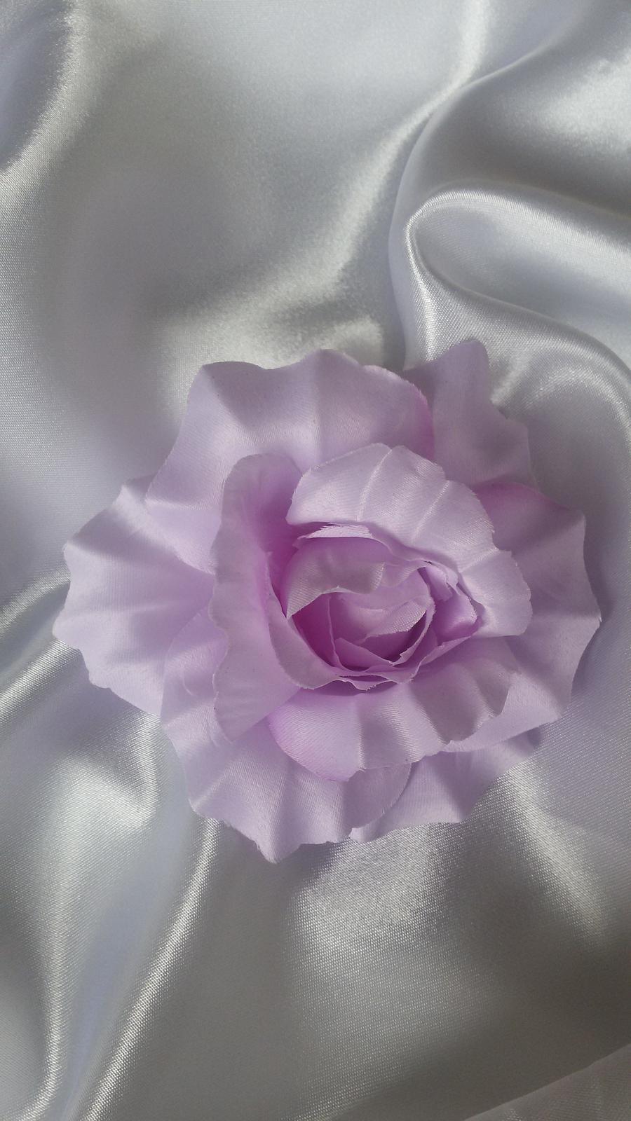 Látkový květ - Obrázek č. 2