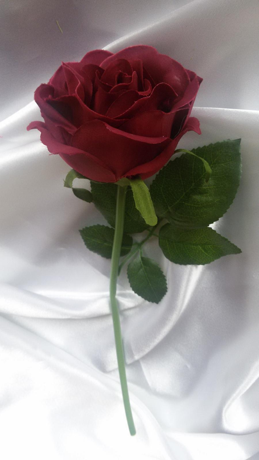Textilní růže s listy - Obrázek č. 2