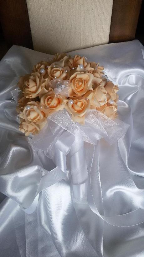 Kytice z pěnových růží - Obrázek č. 2