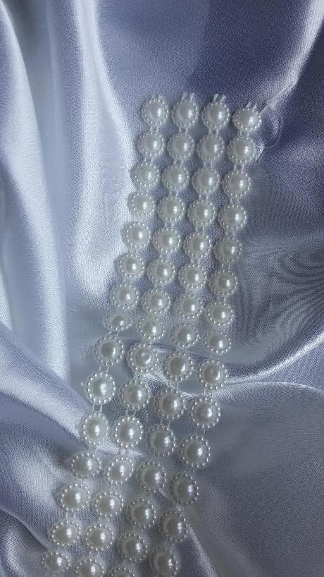 """Prýmek plastových """"perliček"""" - Obrázek č. 2"""