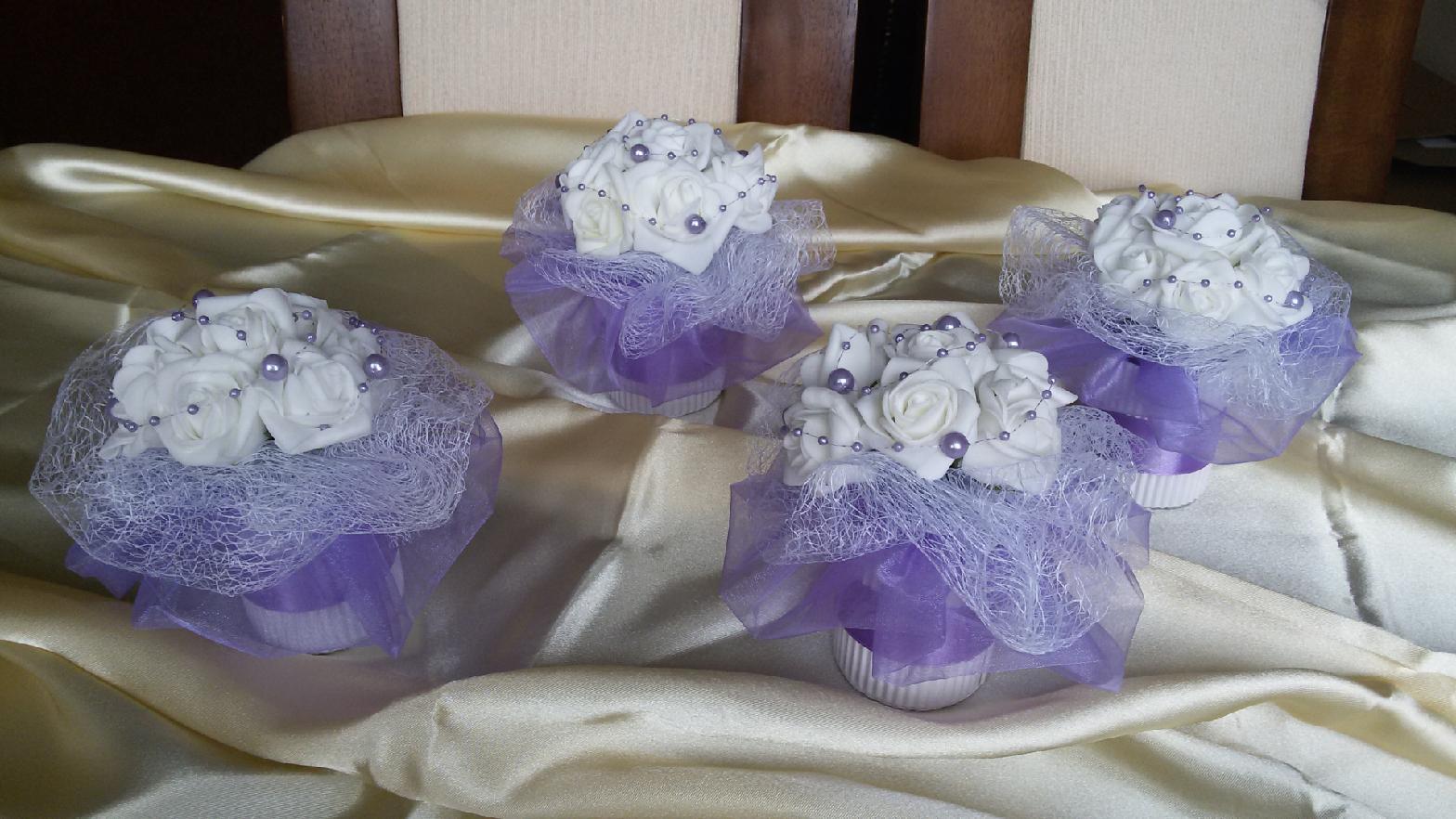 Květiny na stůl - Obrázek č. 4