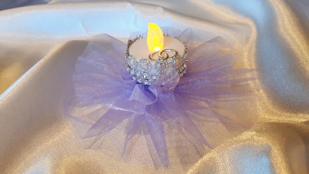 Svícen s LED svíčkou - Obrázek č. 1