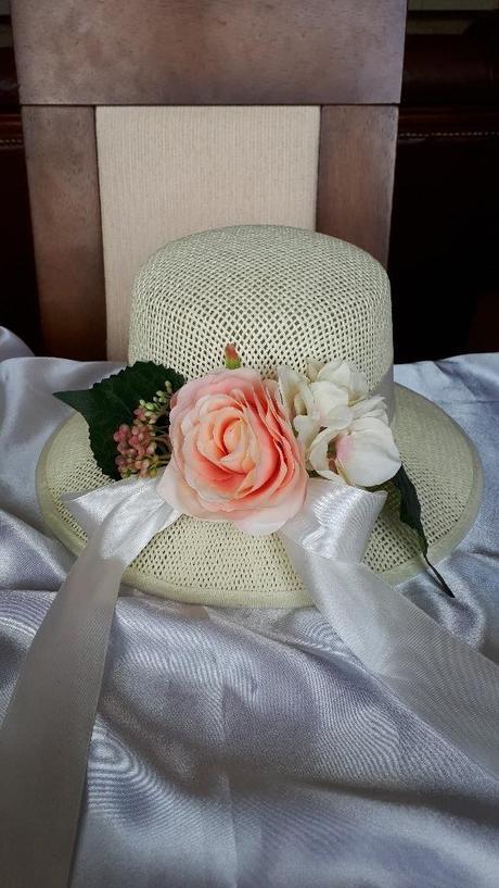 Ozdobený klobouk - Obrázek č. 1
