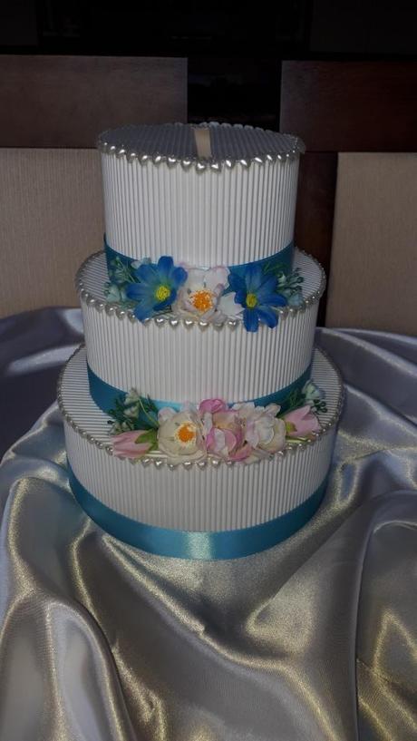 Papírový dort/pokladnička - Obrázek č. 1