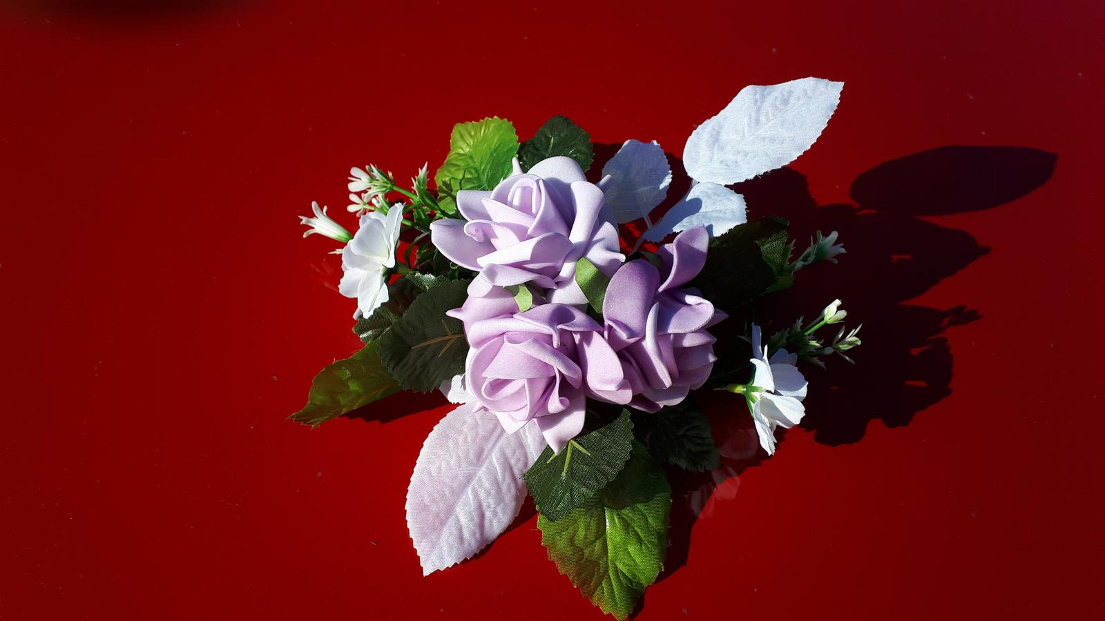 Květinová ozdoba - Obrázek č. 1