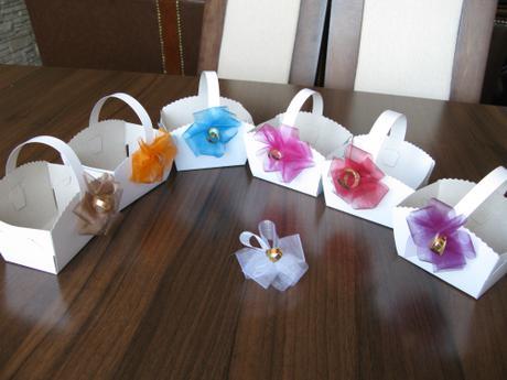 Ozdobené košíčky - barva kytičky na přání - Obrázek č. 1
