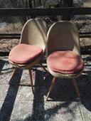 Dvě retro skořepinové židle (křesílka) ze 60. let,