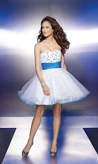 Oooooo šaty ... - Obrázok č. 60