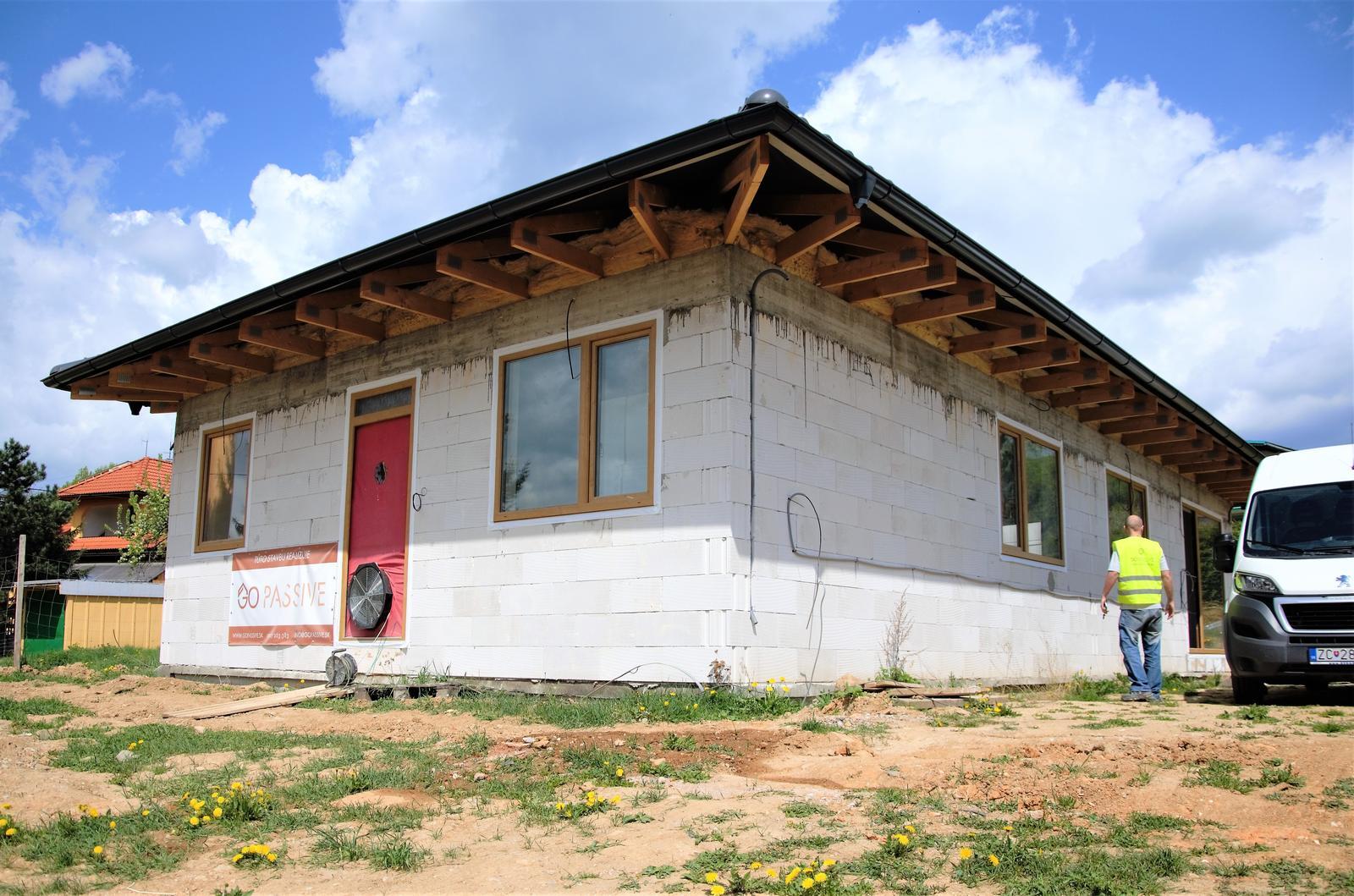 Nízkoenergetický dom v Rožňave (výstavba s GoPassive) - Obrázok č. 18