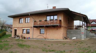 Spodní pohled na domeček. S fasádou to bude lepší:-)
