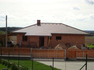 Pohled na domeček od sousedů