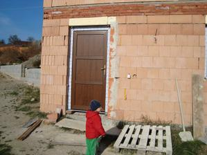 Dveře v suterénu