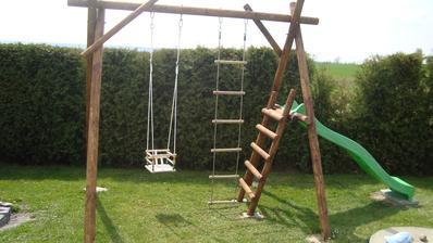 Nové vyžití pro naše děti ( manželova výroba)