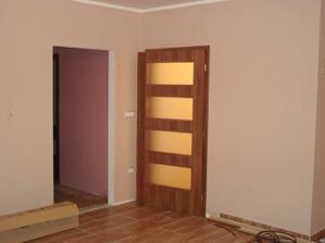 Druhé dveře v obýváku budou stejné