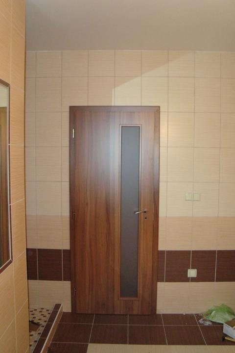 I my stavíme aneb pomalu ale jistě jdeme do finále - Dveře v koupelně