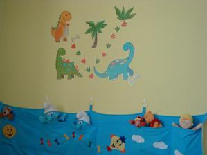 Nová dekorace nad Filípkovu postelí:-)