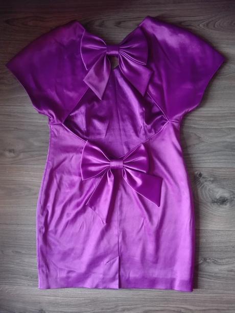 Extravagantne spoločenské šaty 42 - Obrázok č. 1