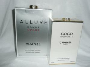 Tak toto su nase snubne prstienky ( ano,ma aj drahy,ze preco iba zeny by mali mat?! ;o)))) a svadobne parfumy sme si kupili v Karibiku ;o)