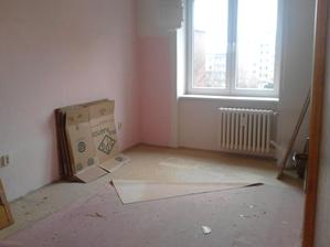 ještě růžová ložnice...bléé