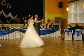 náš prvý tanec... :-)