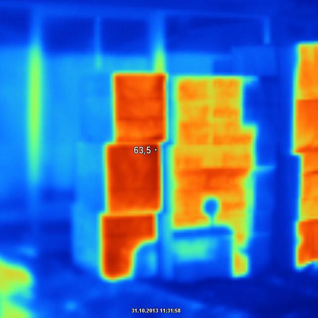 Všeličo - Teplota povrchu EPS NEO pri vonkajšej teplote 12 stupňov.