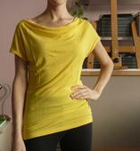 "Žluté triko s výstřihem ""voda"", 36"