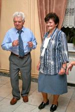 ...najvytrvalejší tanečníci večera - starká a dedko Hudecoví:-)...