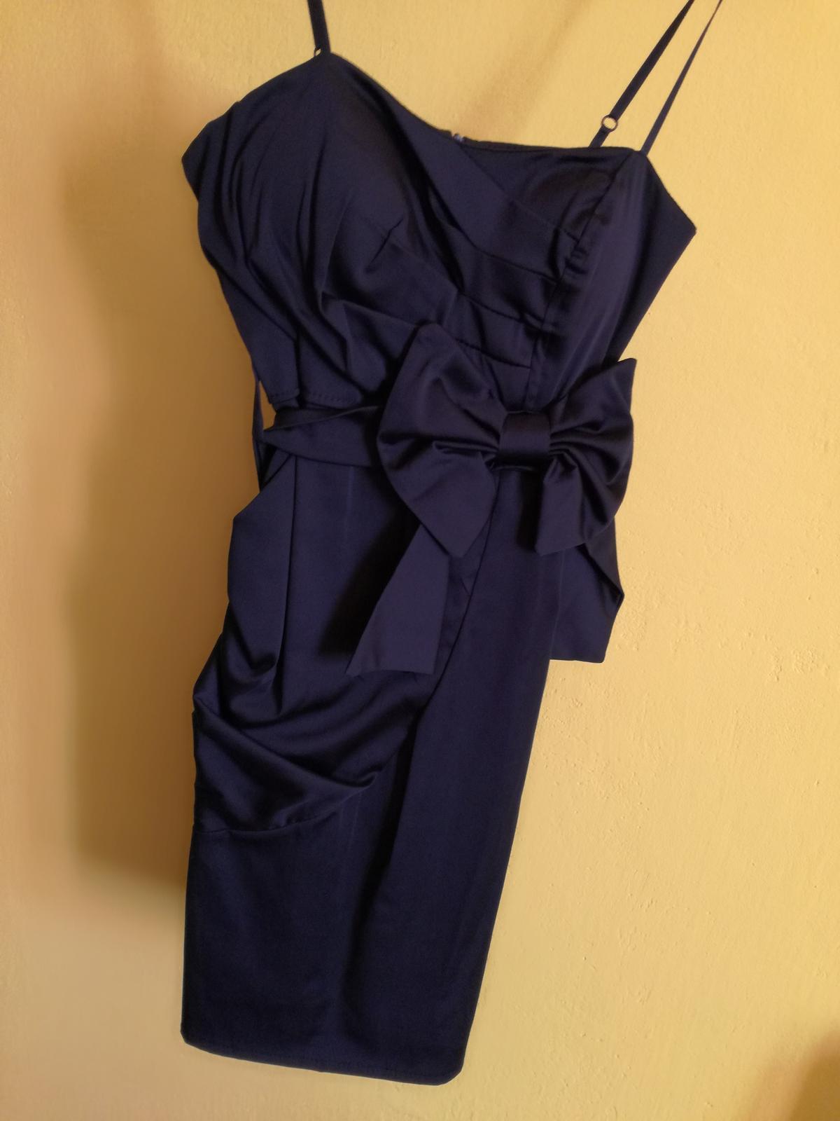 Čierne šaty s mašľou - Obrázok č. 1