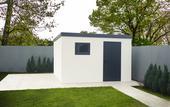 Záhradný domček ako murovaný,