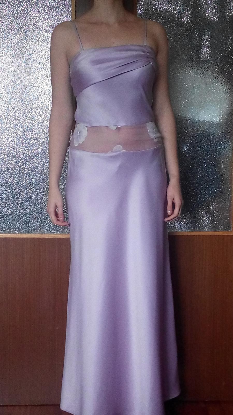 Fialkové šaty - Obrázok č. 1