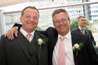 Andreas so svojim svedkom Petrom