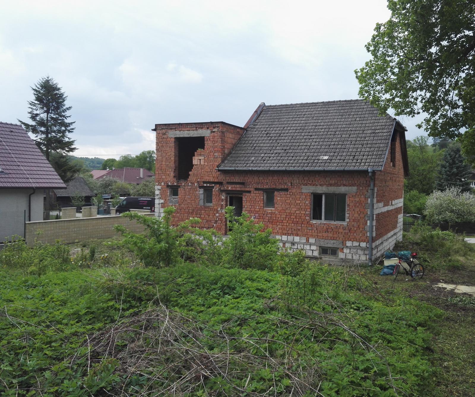 Rekonštrukcia veľmi starej stavby :) - veľmi dlho čakal na svoj čas...