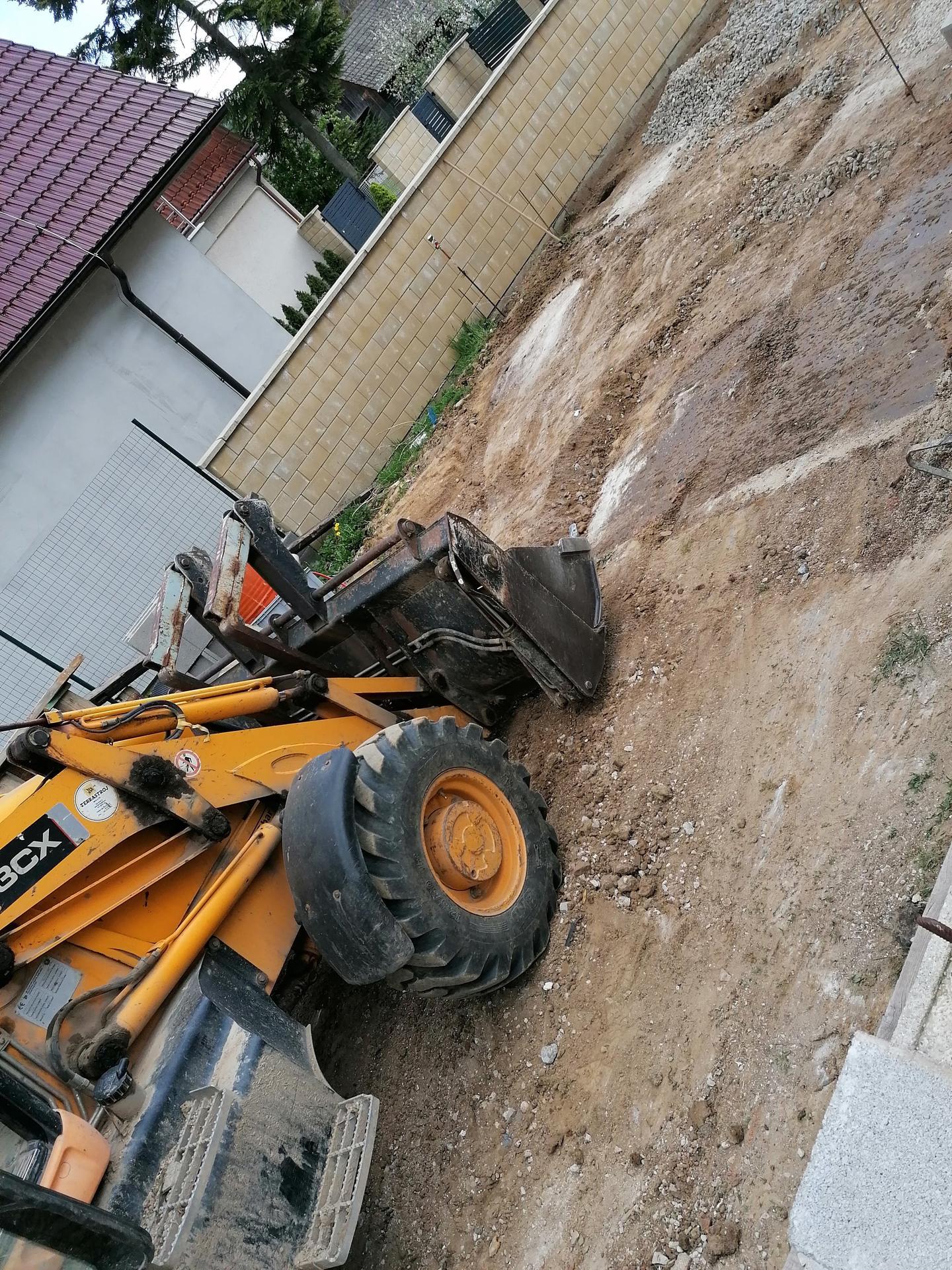 Rekonštrukcia veľmi starej stavby :) - Ideme na to