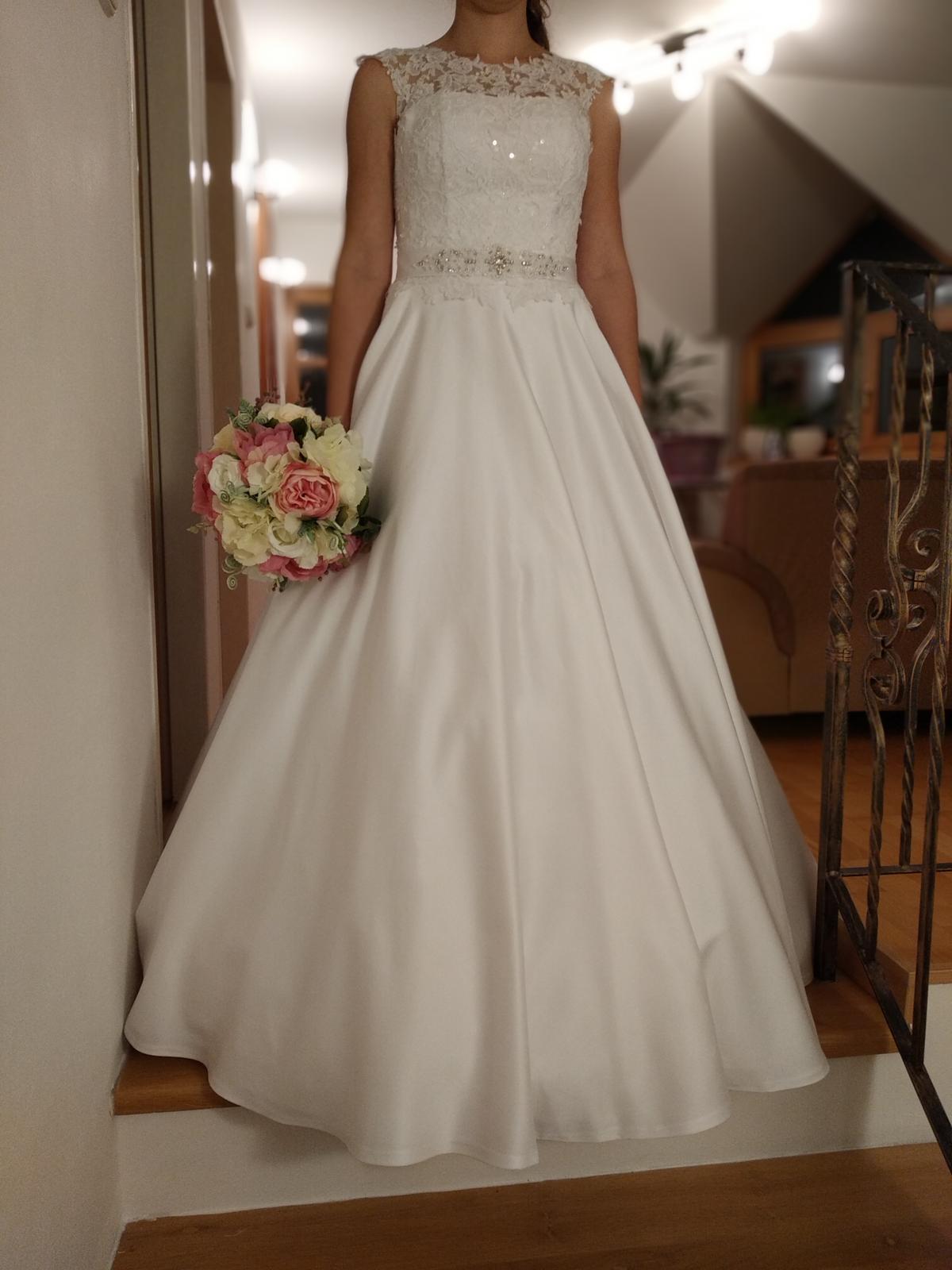 Svadobné saténové šaty - Obrázok č. 3