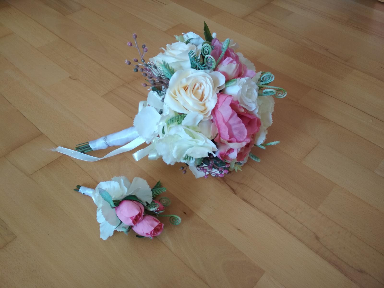 Svadobná kytica s pierkom - Obrázok č. 2
