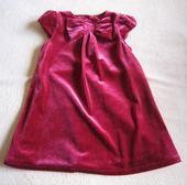 Sváteční semišové šaty, 86