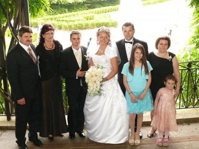Janka Strenkova{{_AND_}}Michal Rabatin - zo  starostami a  ich  rodinky