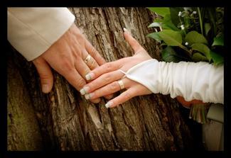 naše prstýnky . . .