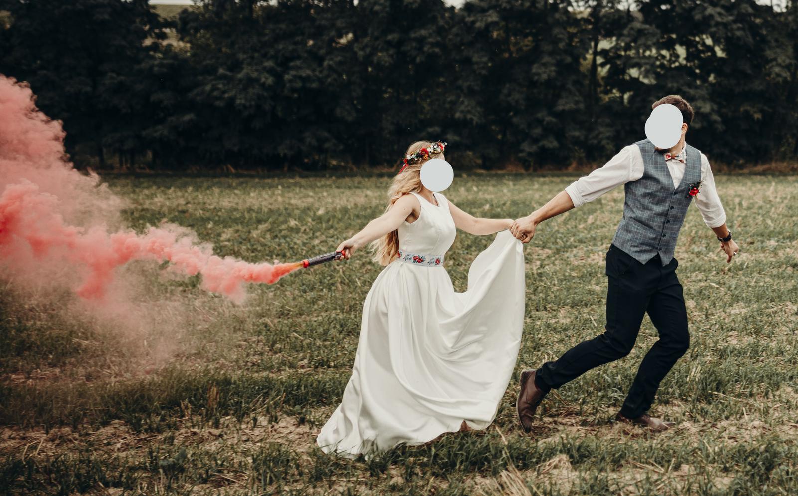 Jednoduche svadobne saty 36 - Obrázok č. 1