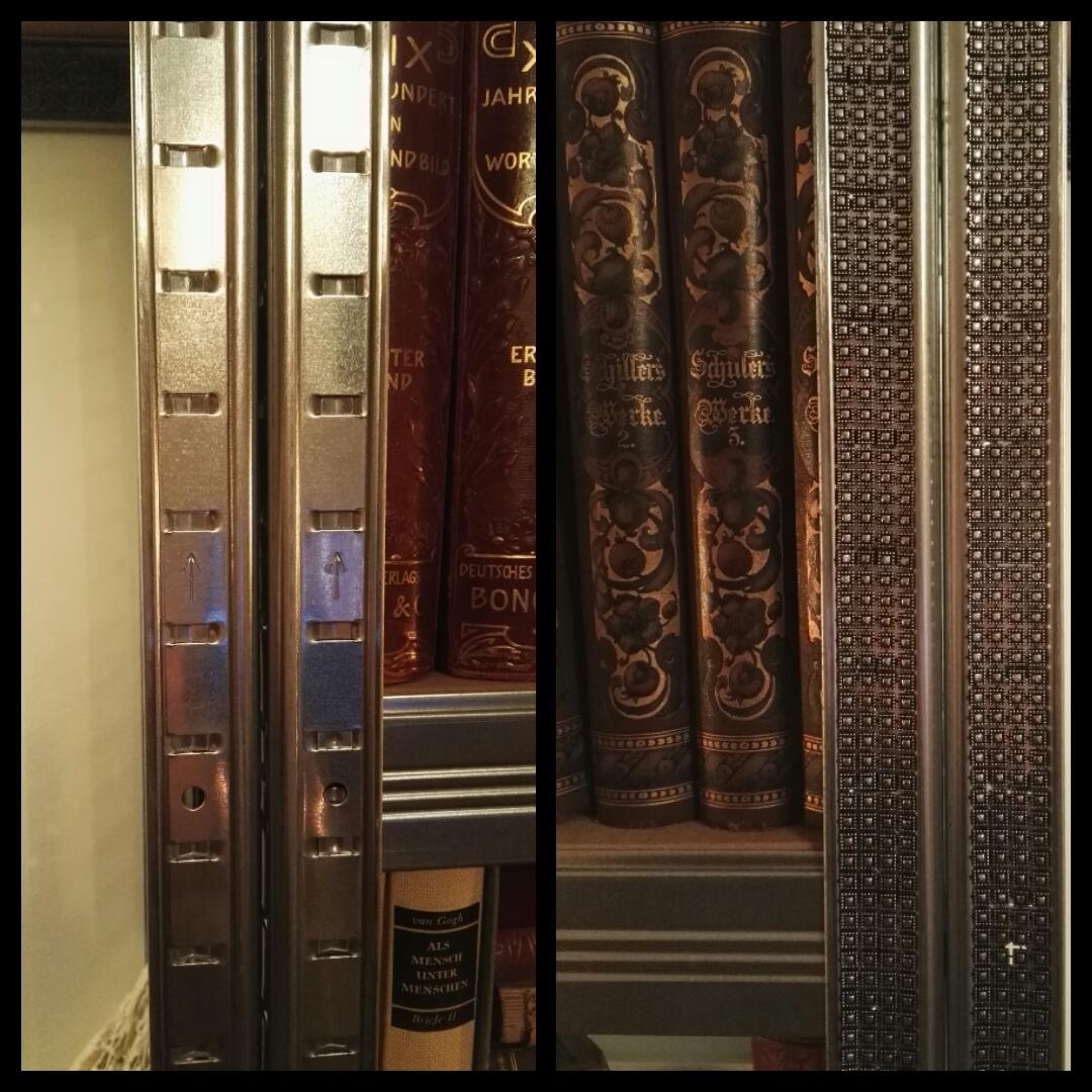 Rekonštrukcia bytu v národnej kultúrnej pamiatke - kovovy priemyselny regal kniznice som oblepila zaujimavou stuhou