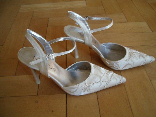 Naše predstavy na 05.04.2008 - svadobne topanky