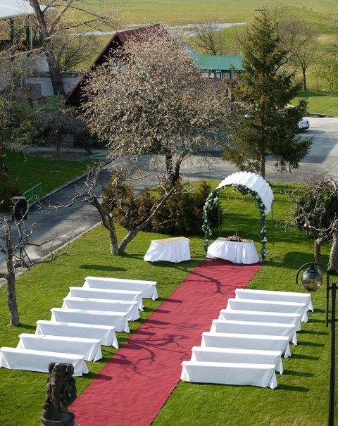 Detaily svadbicky - ....tesne pred obradom...