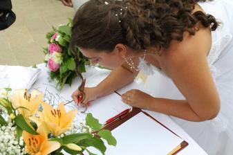 A je to zpečetěno - podpis nevěsty