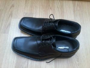 konečně máme boty pro ženicha