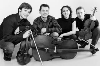 Na hostině nám bude hrát Aristo Quartet (smyčcové kvarteto)