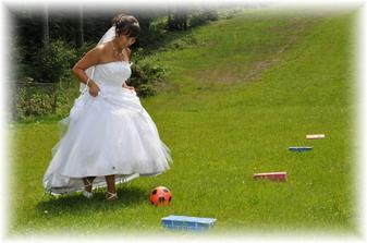 manželka fotbalisty, no :)